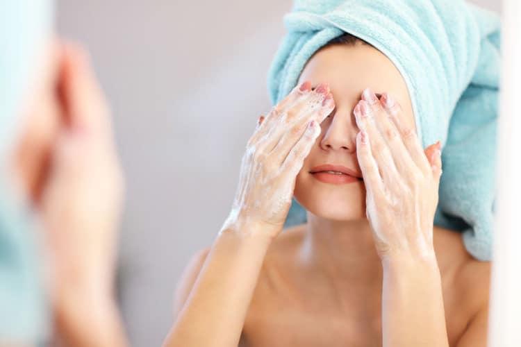pielęgnacja blizn po trądziku